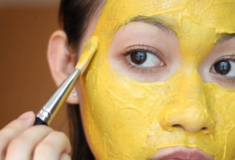 Маска из куркумы для лица − 10 рецептов, как сделать в домашних условиях, эффект