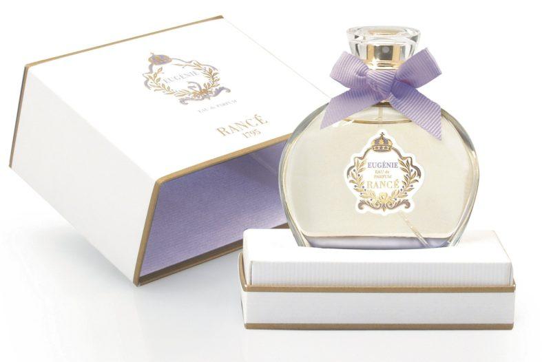 Парфюмированная вода (Eau de Parfum): стойкость и концентрация, отличие от других видов парфюмерии