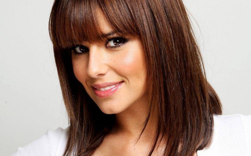 Прически с челкой − 15 вариантов женских причесок на длинные, короткие и средней длины волосы
